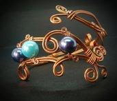Bracciale in filo di rame e perle in resina blu e celeste - 100 RICCI