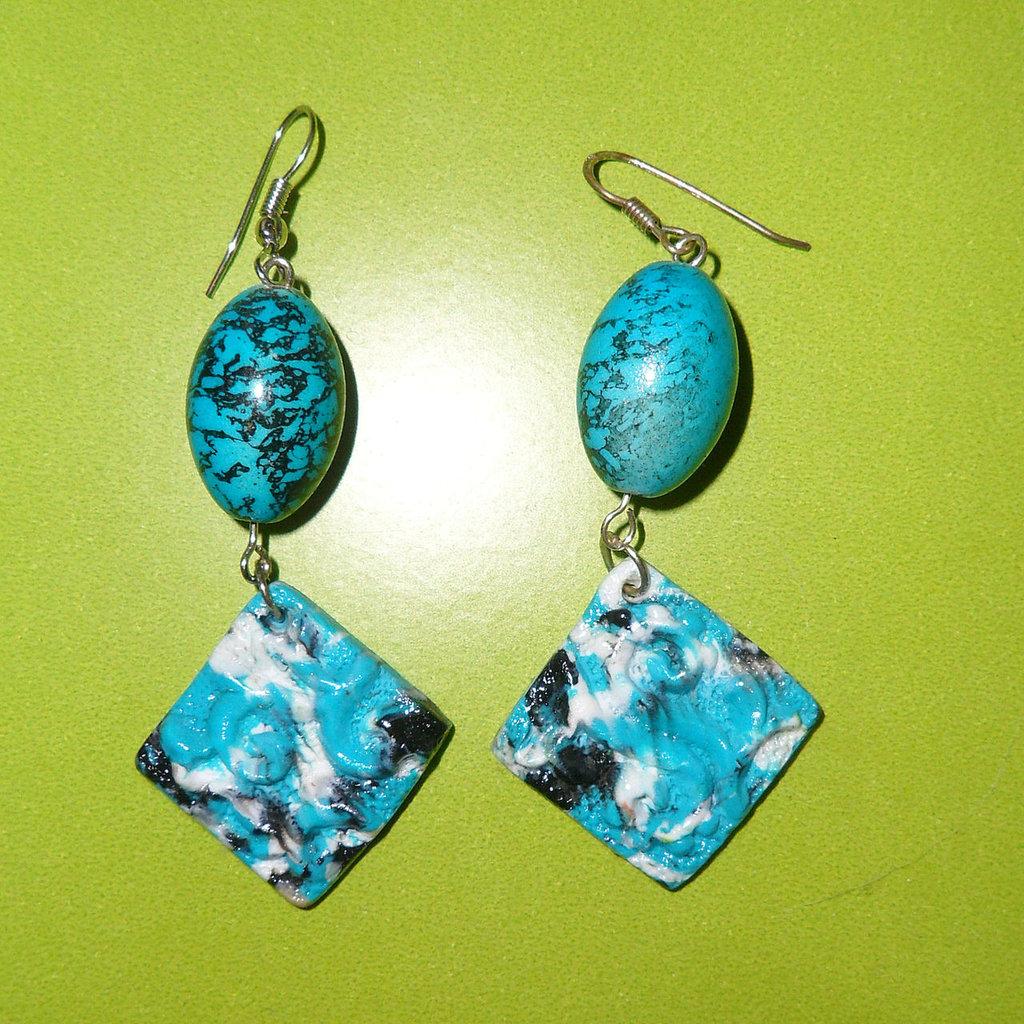 Orecchini in Fimo e Perle Azzurro, Nero e Bianco