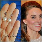 Orecchini ispirati kate Middleton duchessa Inghilterra perla brillantino regalo principessa