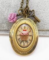 Collana Alice in Wonderland pendente apribile Eat me