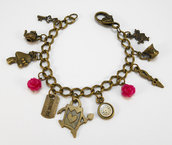 Bracciale charms Alice in Wonderland rose fucsia stile vintage