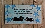 Targhetta in legno stelle blu cani 13x25cm