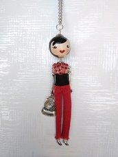Collana con ciondolo bambolina francese. French doll pendant necklace.