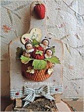 Cartamodello tagliere fragole e coccinelle