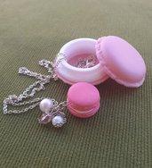 Collana con macaron rosa in fimo con scatolina coordinata