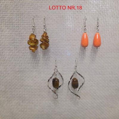 Orecchini pendenti, Lotto Nr. 18 = 3 paia