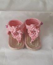 Infradito per neonata rosa.