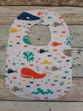 Bavaglino pesciolini con bottone
