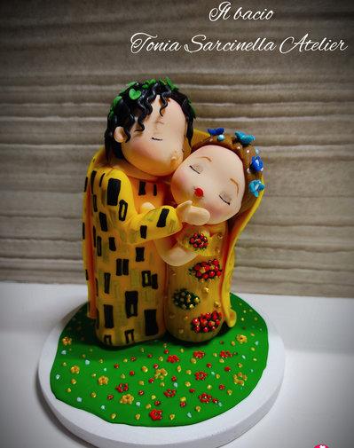 Cake topper il bacio stile cartoon