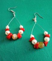 Orecchini agata ,corallo e perle
