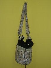 borsa nera e beige