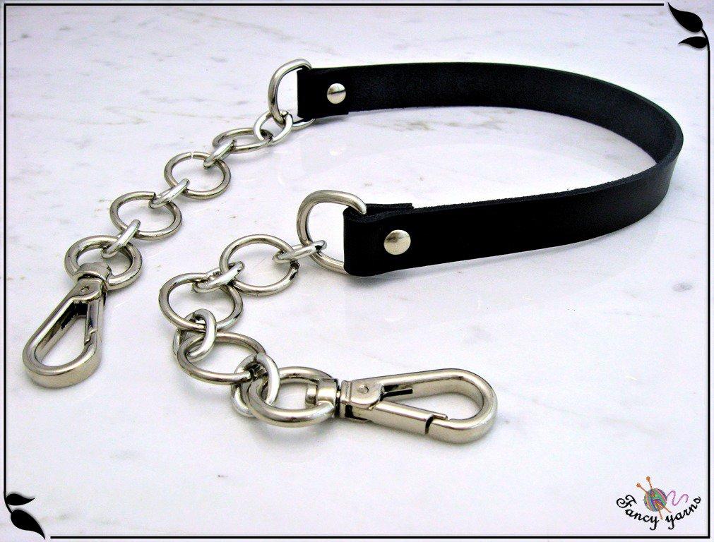 Manico in pelle nera,  vacchetta concia vegetale, mm.15, con catena ad anelli, finiture argento, ricambio borsa, cm.54