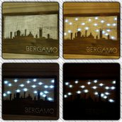 Bergamo skyline con luci in Stringart