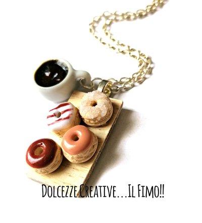 Collana Vassoio con donuts - ciambelle al cioccolato, krapfen e tazza di caffè - cioccolata - handmade kawaii