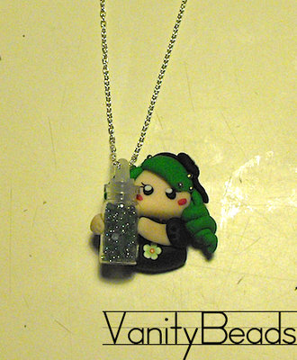 Collana Bottiglia Verde