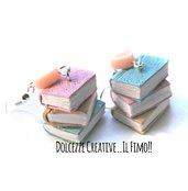 Orecchini pastello - rosa, beige, celesti - Tre libri impilati - effetto anticato - book lover