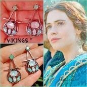 Orecchini vikings vichinghi judith Lagertha pendenti cristalli azzurri regina