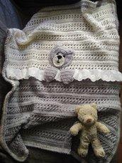 Copertina neonato a uncinetto in lana con orsetto, copertina con pizzo, regalo nascita, colori neutri