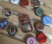 Apribottiglie portachiavi in metallo e legno personalizzato