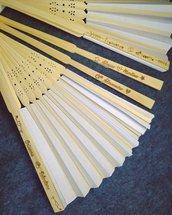 Ventaglio in legno e carta personalizzato