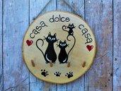 Appendichiavi in legno con famiglia gatti