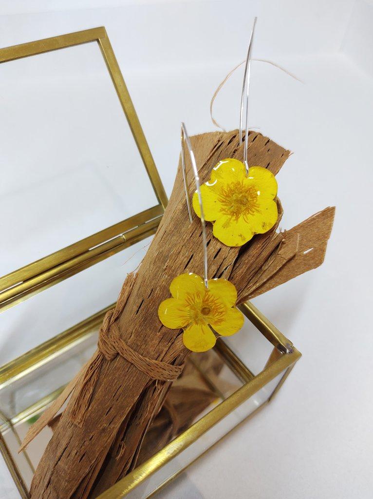 Orecchini donna lunghi orecchini fatti a mano orecchini fiori di ranuncolo giallo pendenti donna