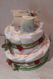 Torta di pannolini con coccinelle per evento nascita