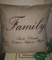 cuscino famiglia family ricamo personalizzato idea regalo