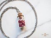 Collana con fiori veri di erica in bottiglia di vetro