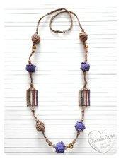 Collana nocciola e viola, stile etnico, lavorazione uncinetto con cordino rowen e cotone