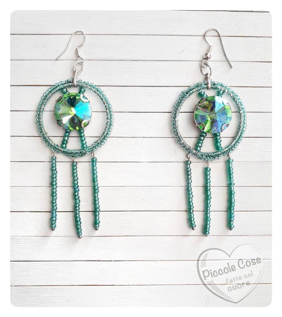 Orecchini verde acqua medusa, perline in vetro e brillante verde acqua luminoso