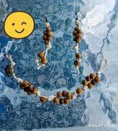 accessori con perline di legno