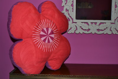 Cojin flor rojo