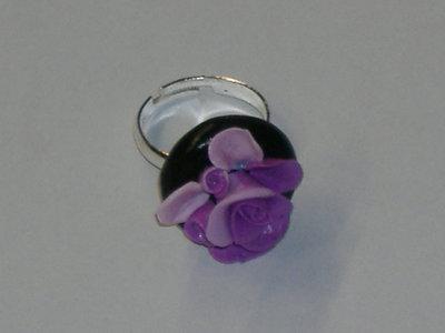 anello rose viola