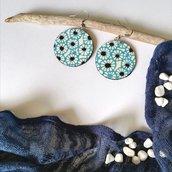 Orecchini pendenti di carta chyogami fatti a mano