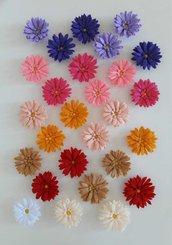 4 calamite magneti margherita a scelta tra vari colori fermatenda o da frigo in pannolenci