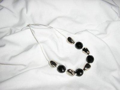 Collana sasso nera