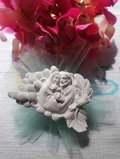 Sacra Famiglia con foglia  in gesso ceramico profumato su tulle