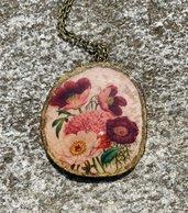 Pendente in legno con resina colata a mano, fiori
