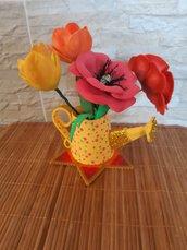 Vaso annafiatoio con fiori