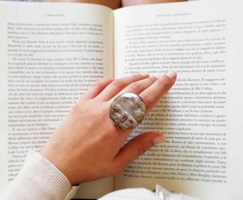 "Anello maxi grande beige bronzo vintage madreperla ""DOROTHY"""