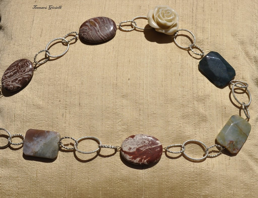 Preferenza Collana con pietre dure e rosa/Necklace with different stones and  VL43