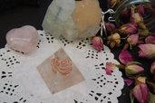 Piramide Orgonite Quarzo Rosa