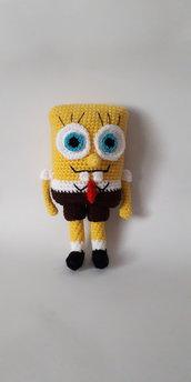 Pupazzo Spongebob in amigurumi.