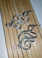 Orecchini in wire