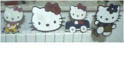 2 quadretti hello kitty