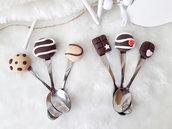 cucchiaini fimo, Cucchiaini decorati in fimo, cucchiaini con decorazioni in fimo, bomboniere compleanno, idee regalo fimo,