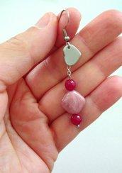 Orecchini pendenti in acciaio con pietra rosa Rodine, radice di Rubino e ciondolo cuore fatti a mano