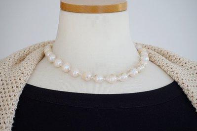 collana perle barocche keshi coltivate acqua dolce annodate a mano chiusura argento 925