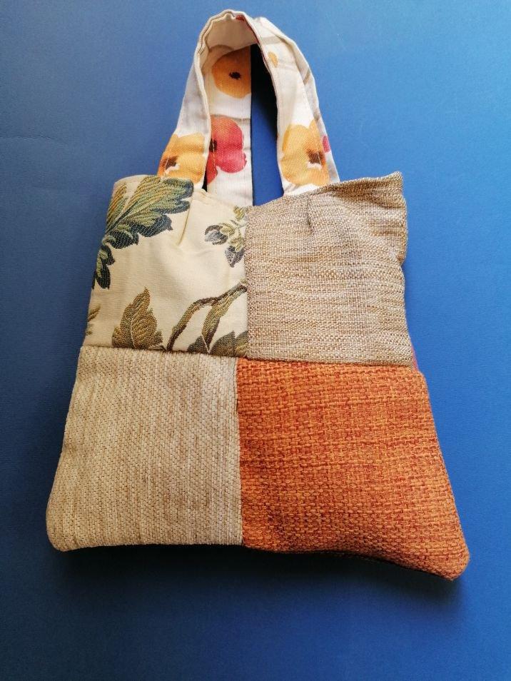 Piccola borsa handmade in lana, Autunno d'amore bennibag
